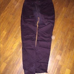 Burgundy stretchy Jeans